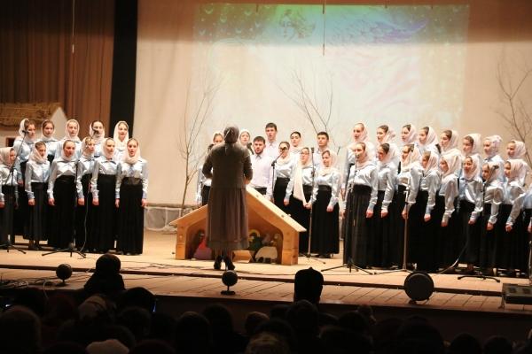 В селе Копчак прошел Рождественский концерт