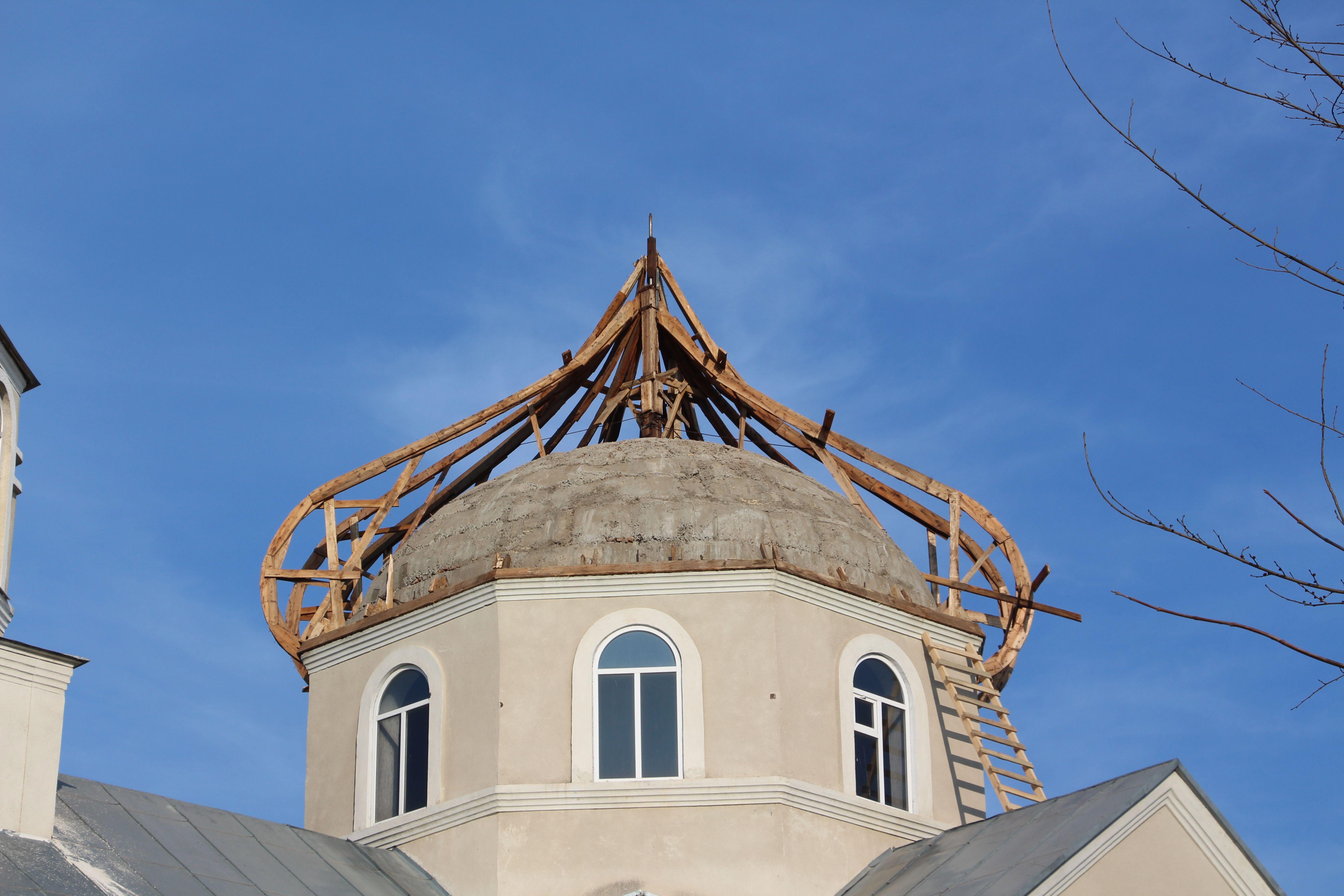 В храме села Етулия начались ремонтные работы