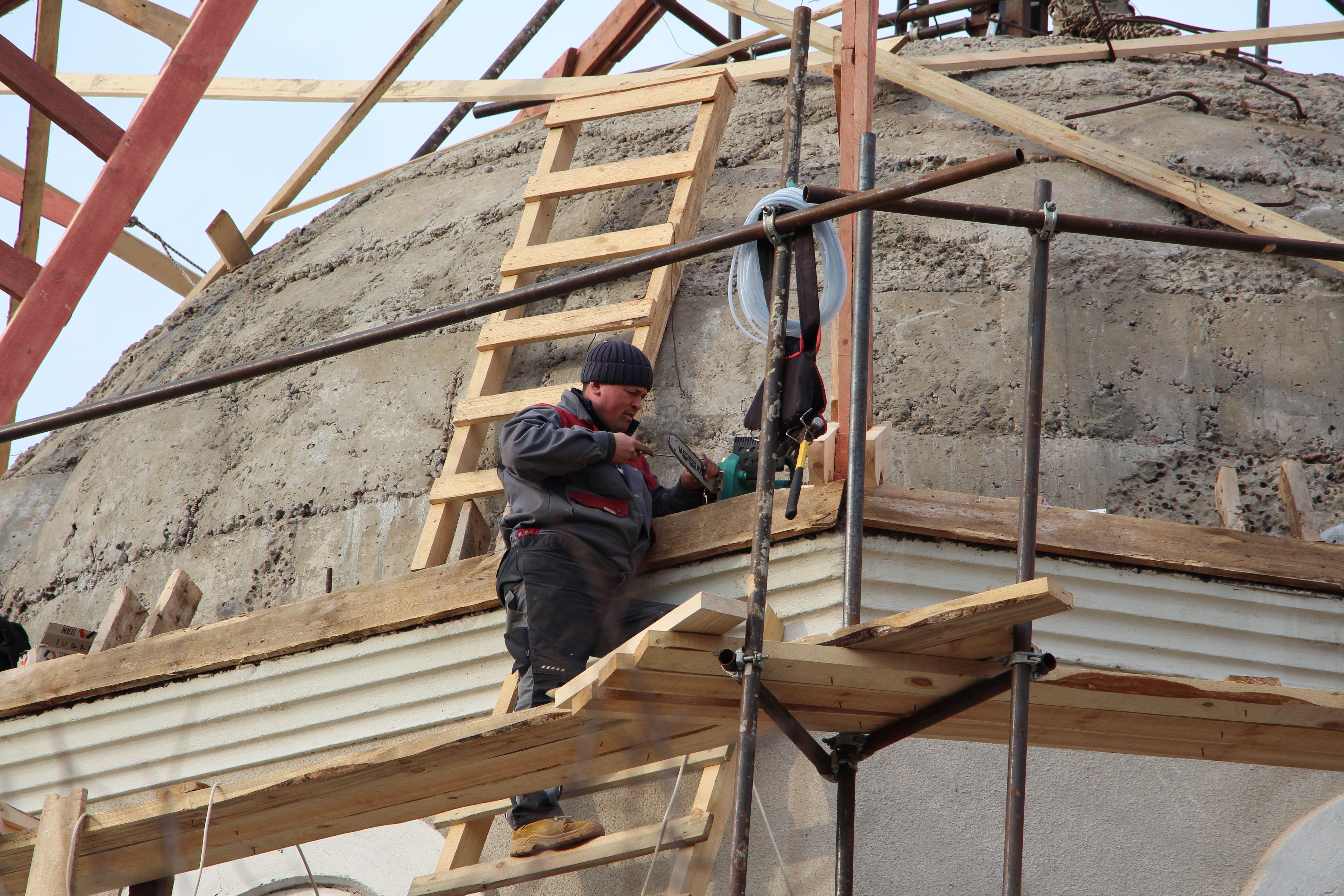 В церкви села Етулия начали сборку главного купола