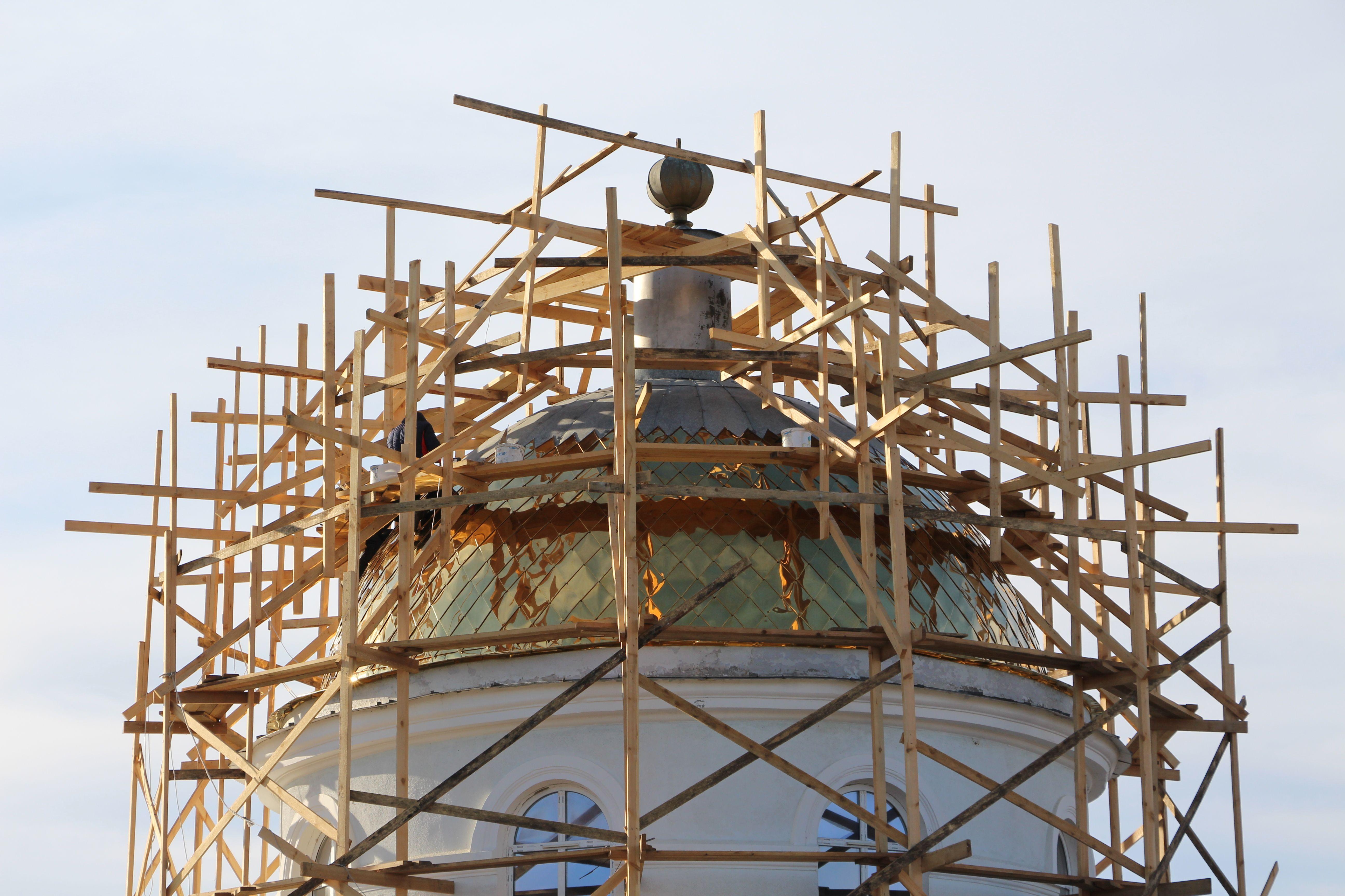 В церкви села Казаклия идет обновление главного купола