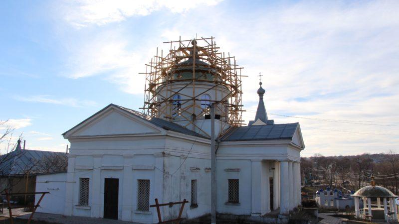 (Фото+Видео) В церкви села Казаклия ведутся работы по обновлению главного купола
