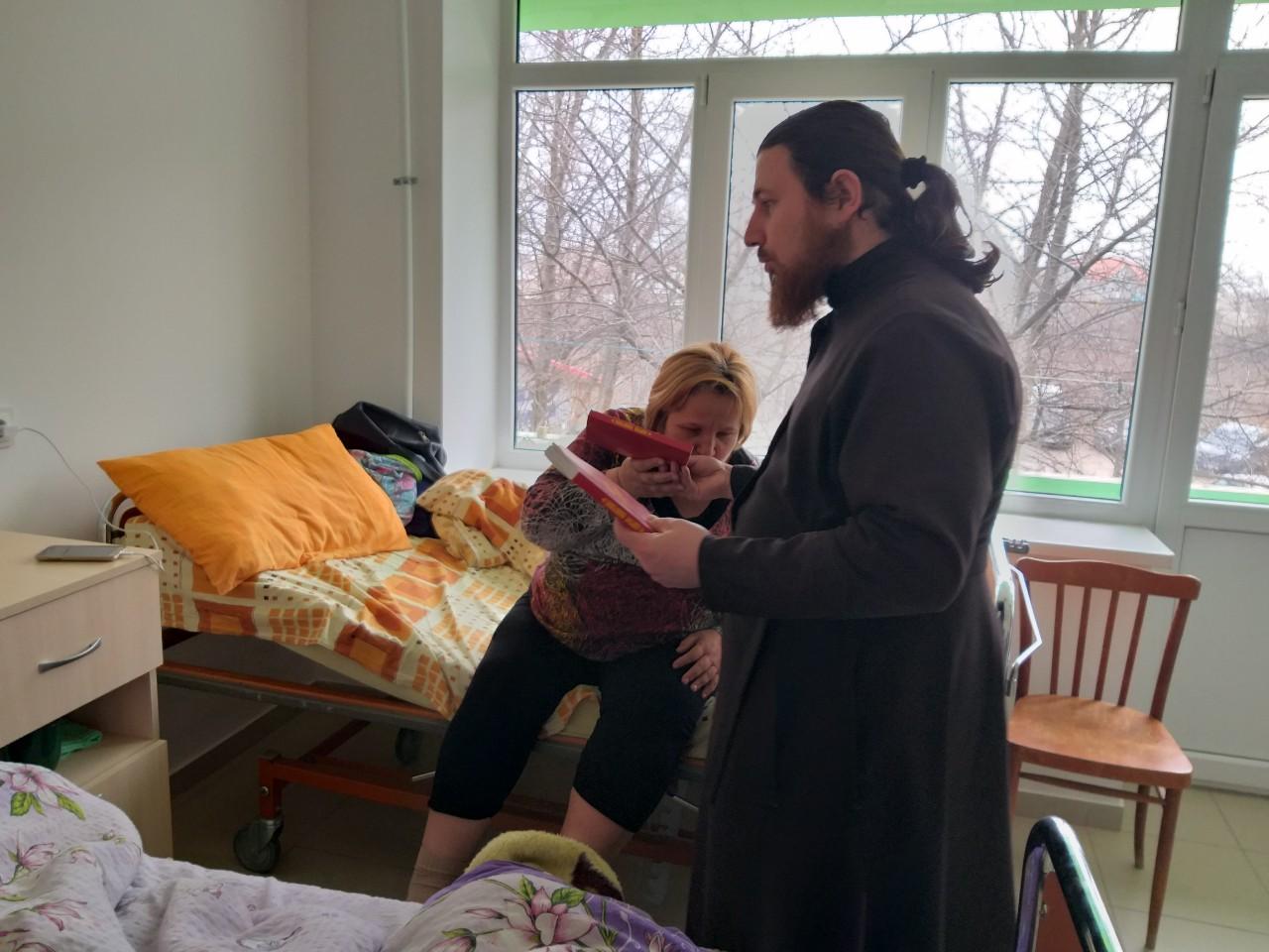 (Фото) В Вулканештах прошла акция «Святое Евангелие в каждый дом»
