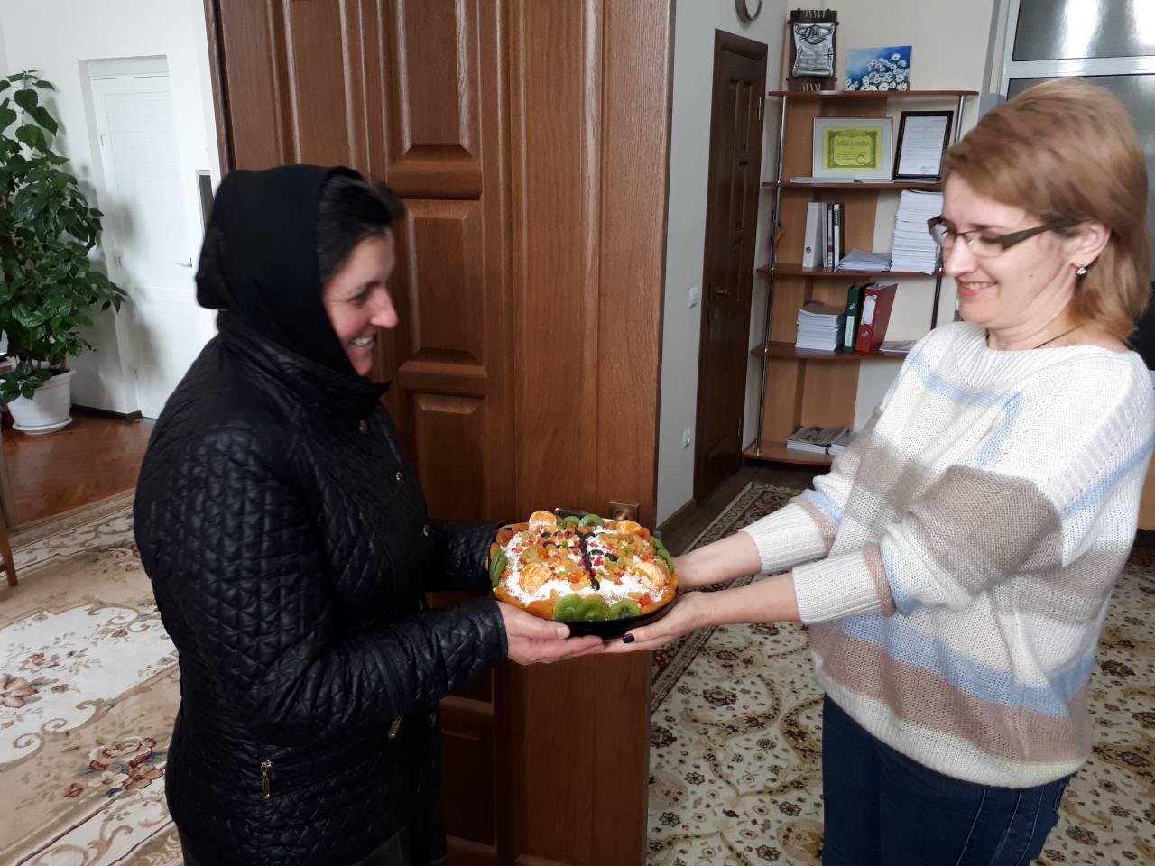 (ФОТО) В Чадыр-Лунге раздали коливо вмч. Феодора Тирона в учреждения города