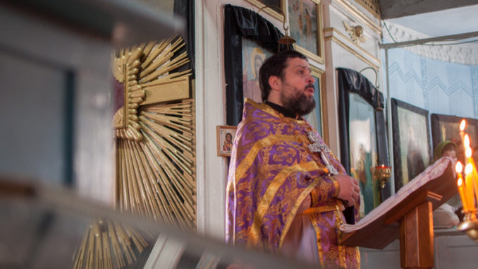 (ФОТО) Прот. Виталий Зелинский. Проповедь на Радоницу