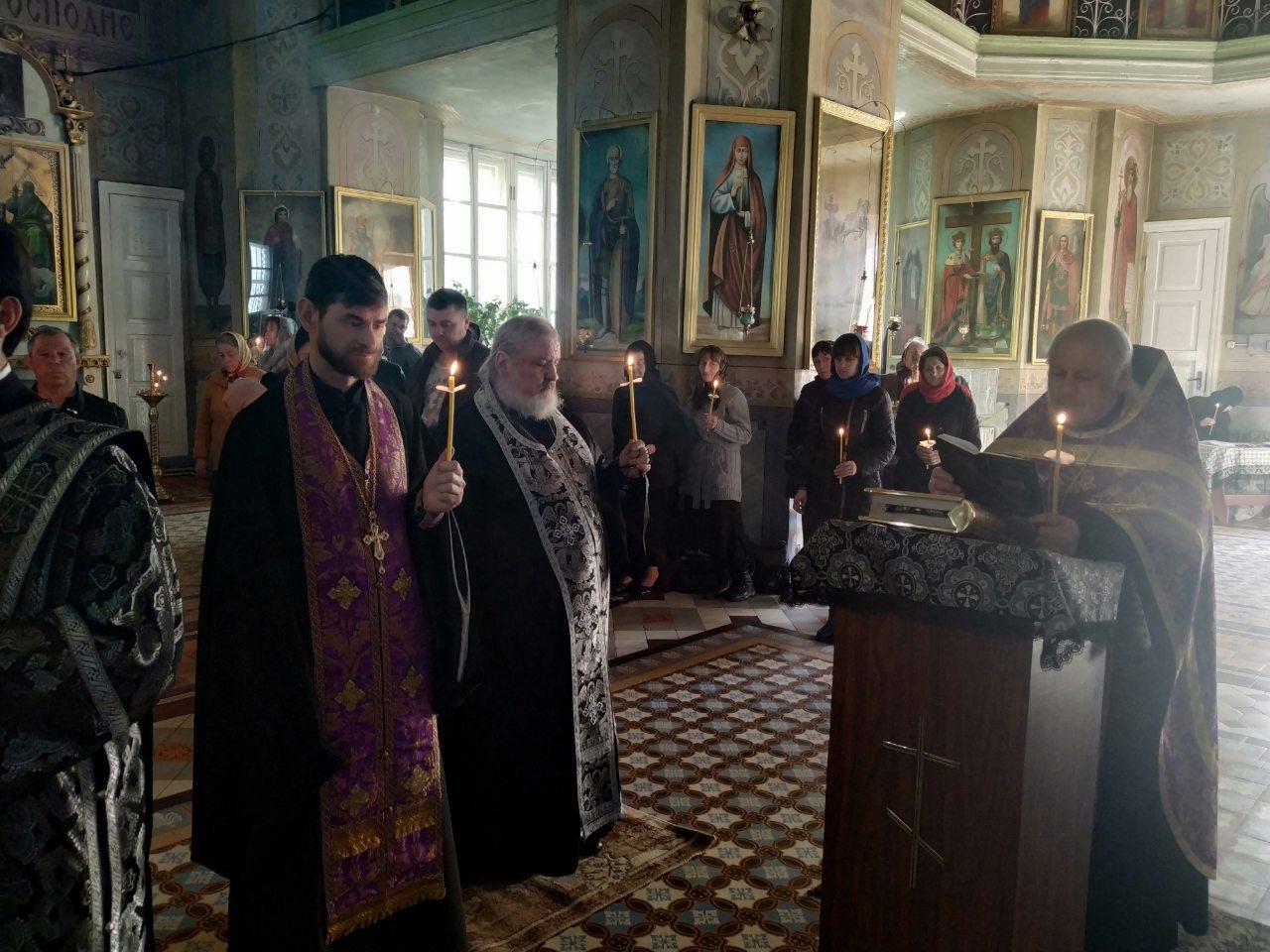 (ФОТО) В Кафедральном соборе мун. Комрат совершили Пассию