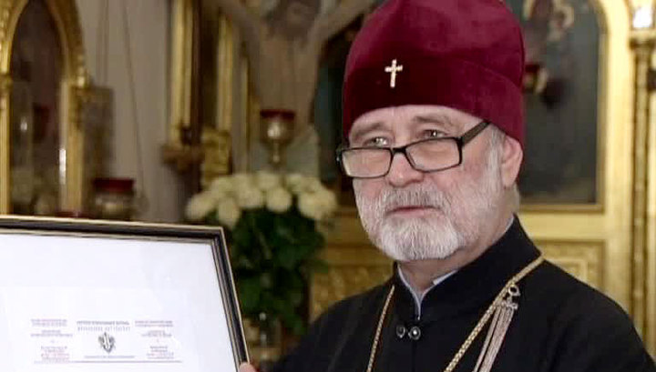«Ваша боль–боль наших сердец» сказал Архиепископ Брюссельский Симон в поддержку верующих УПЦ