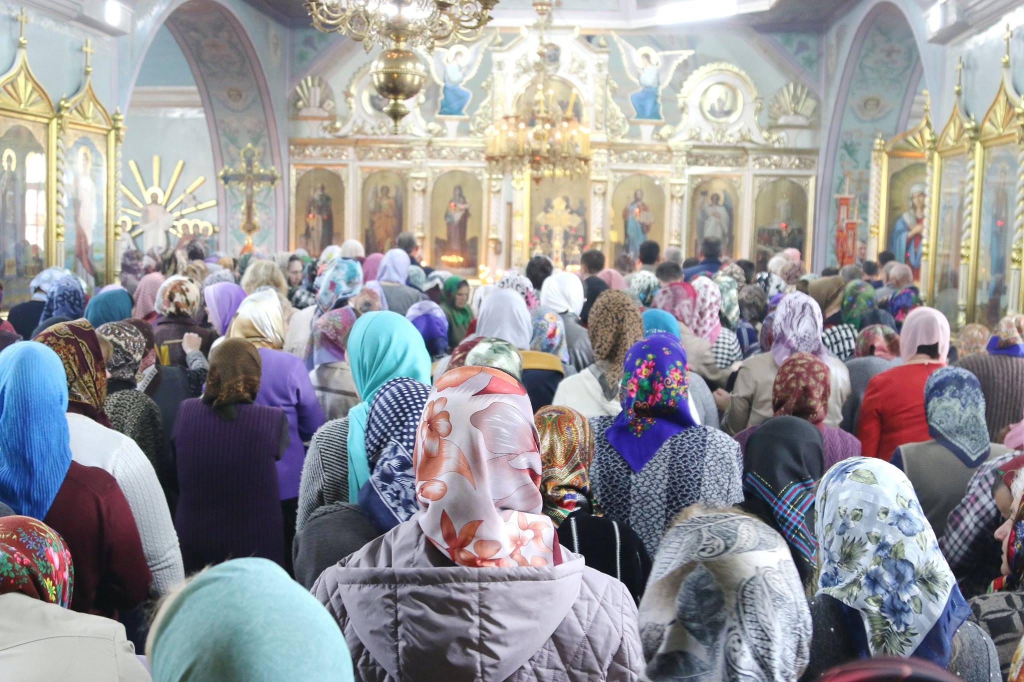 Литургия на Благовещение в селе Томай. Храм посетила Ирина Влах