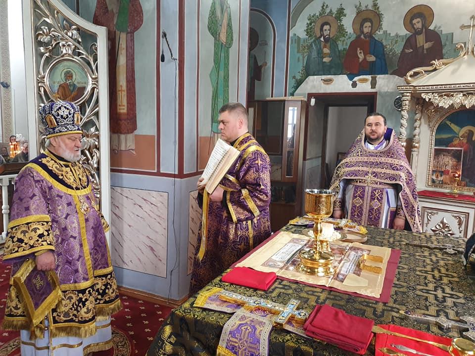 (ФОТО) Епископ Анатолий совершил Божественную Литургию в Кафедральном соборе г. Кагул в 5-ю неделю великого поста