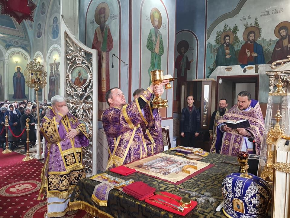 Епископ Анатолий совершил Литургию в соборе г. Кагул в 5-ю неделю