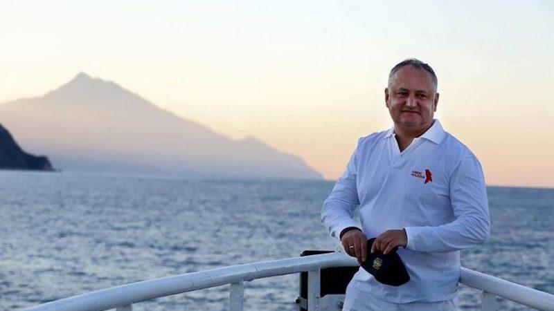 (ВИДЕО) Президент Республики Молдова Игорь Додон посетил Святую Гору Афон