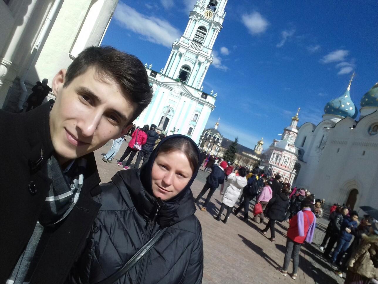 Группа паломников из Гагаузии посетила Троице-Сергиевую лавру