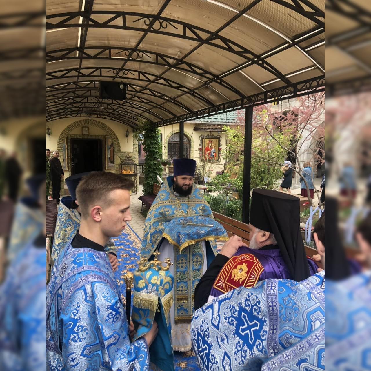 Иверский монастырь мун. Комрат отпраздновал престольный праздник