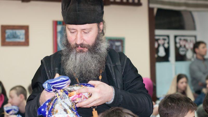 Prot. Feodor Karakalçev: Böönkü gündä bizim Ayoz Klisenin var duuma günü