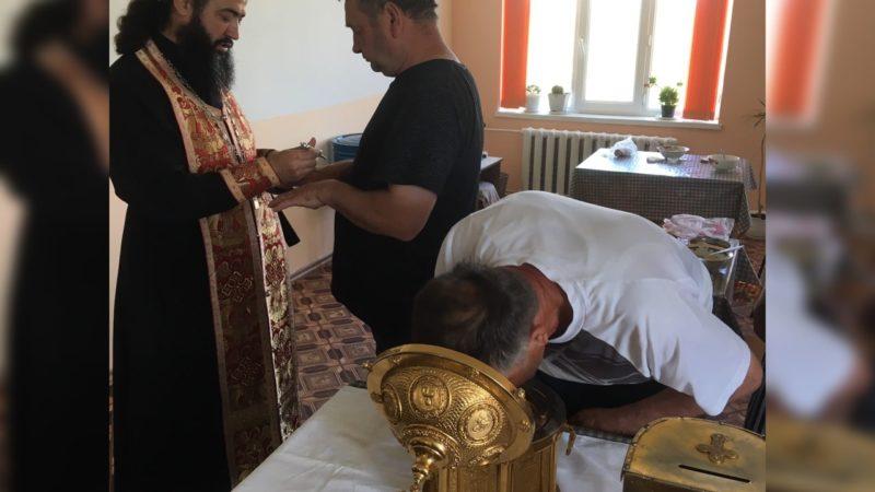 (ФОТО) В Комратскую больницу принесли мощи блаженной Матроны Московской