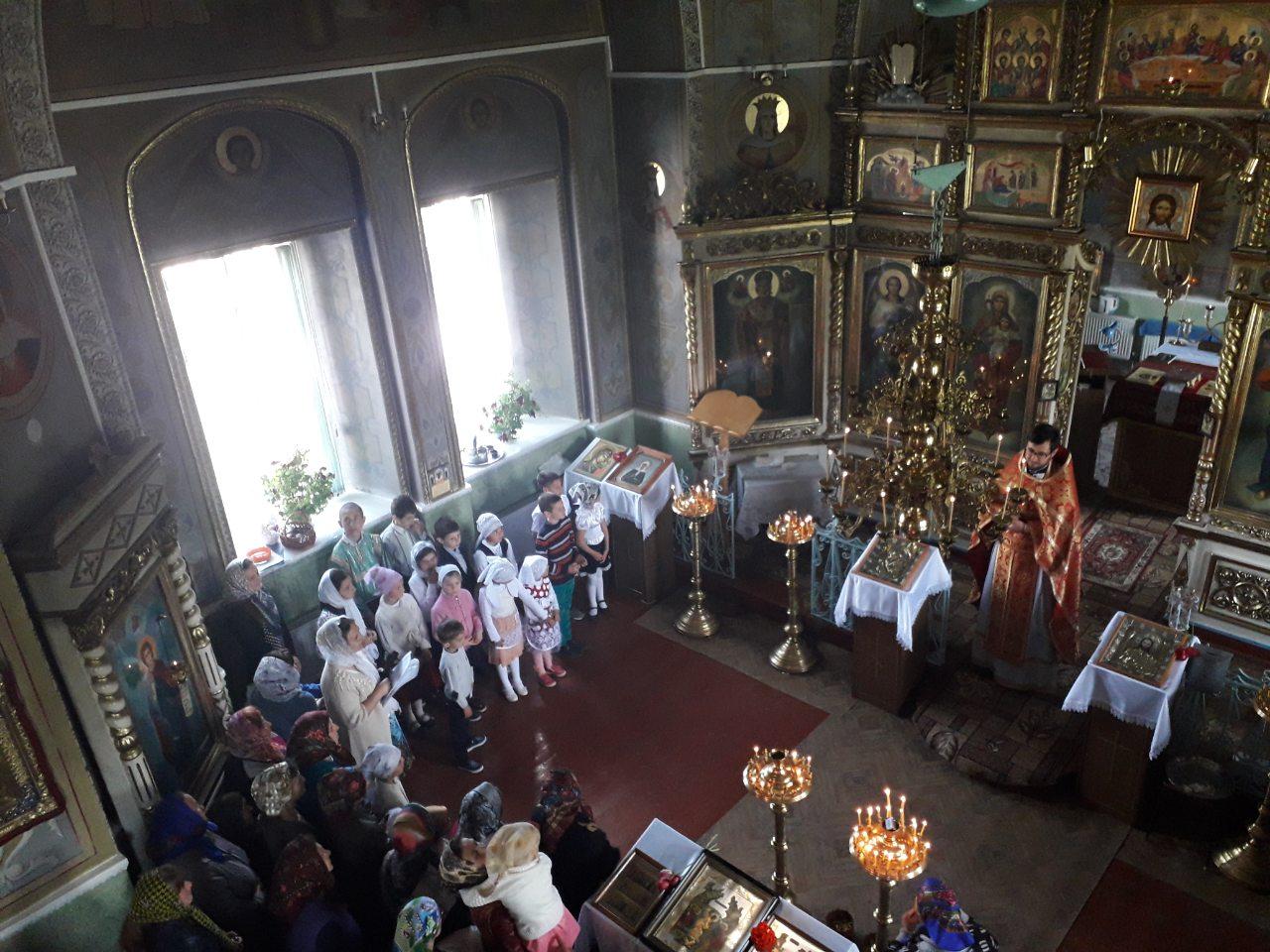 В селе Дезгинжа прошел праздник Жен-Мироносиц