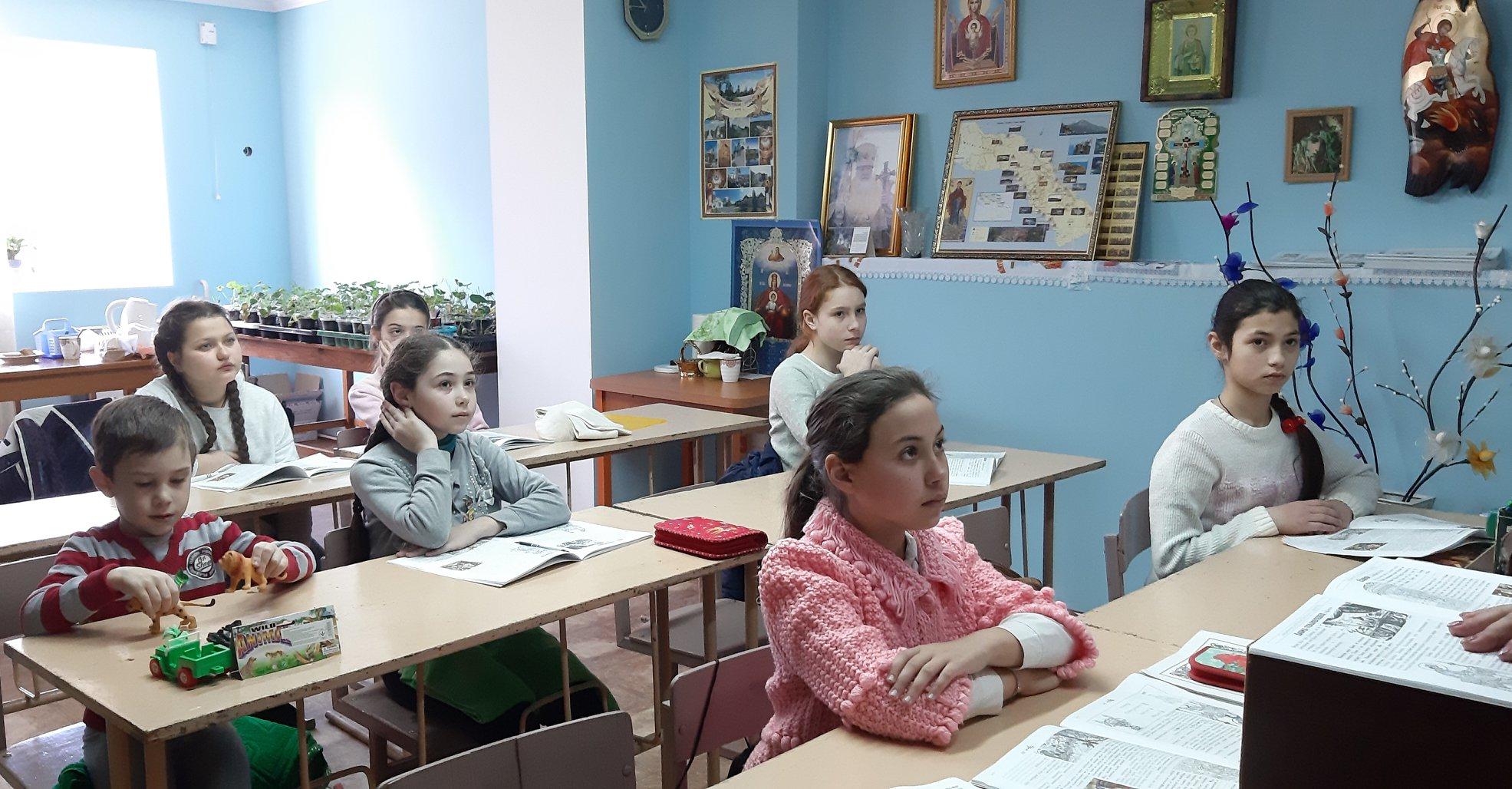 (ФОТО) При Свято-Георгиевском храме г. Тараклия функционирует воскресная школа