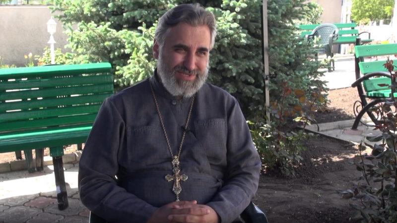 Протоирей Константин Кирович: Человеку с духовным стержнем и Богом в душе не страшны никакие трудности