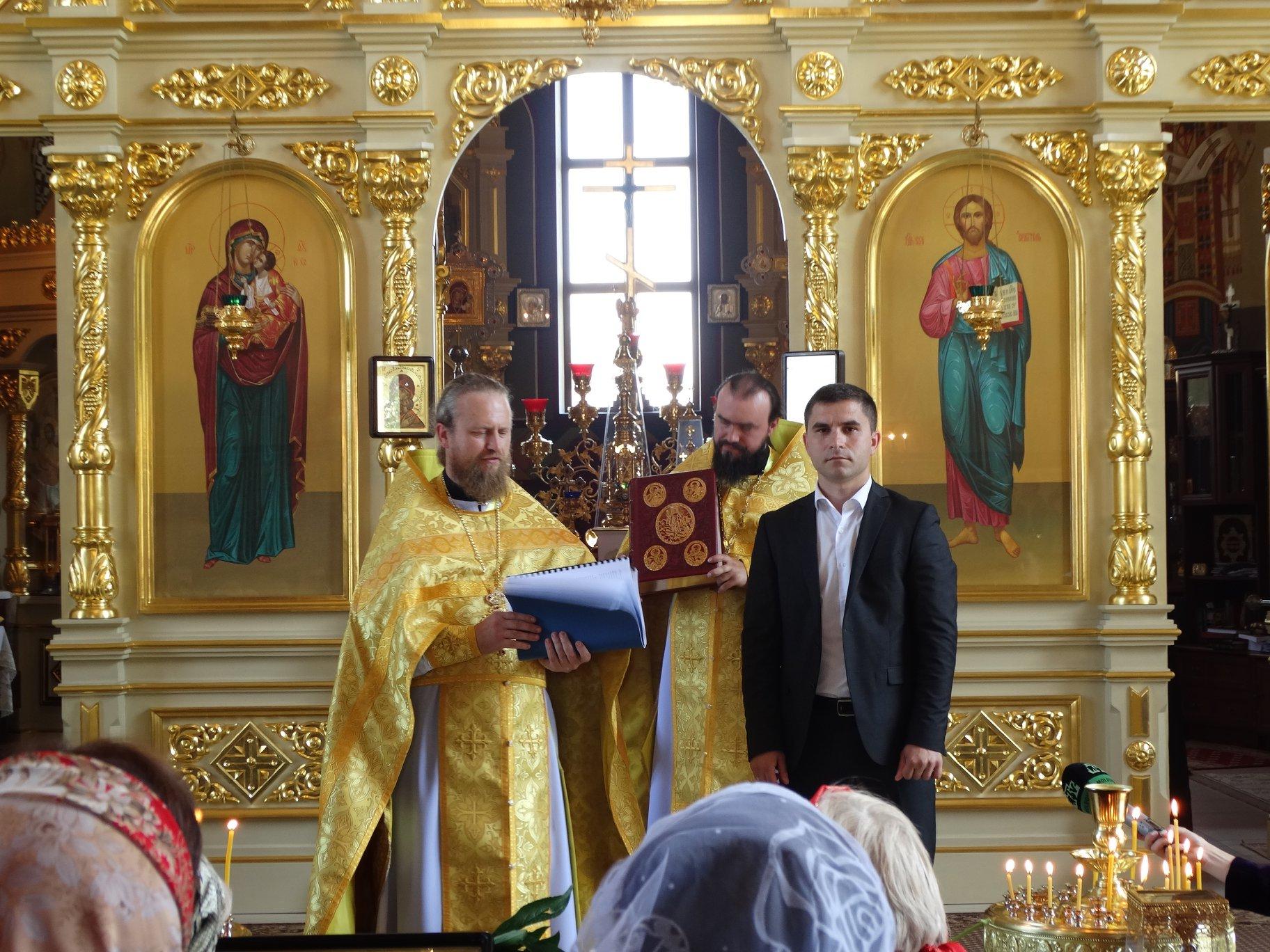 Президент выделил помощь на строительство трапезной в церкви Бессарабки