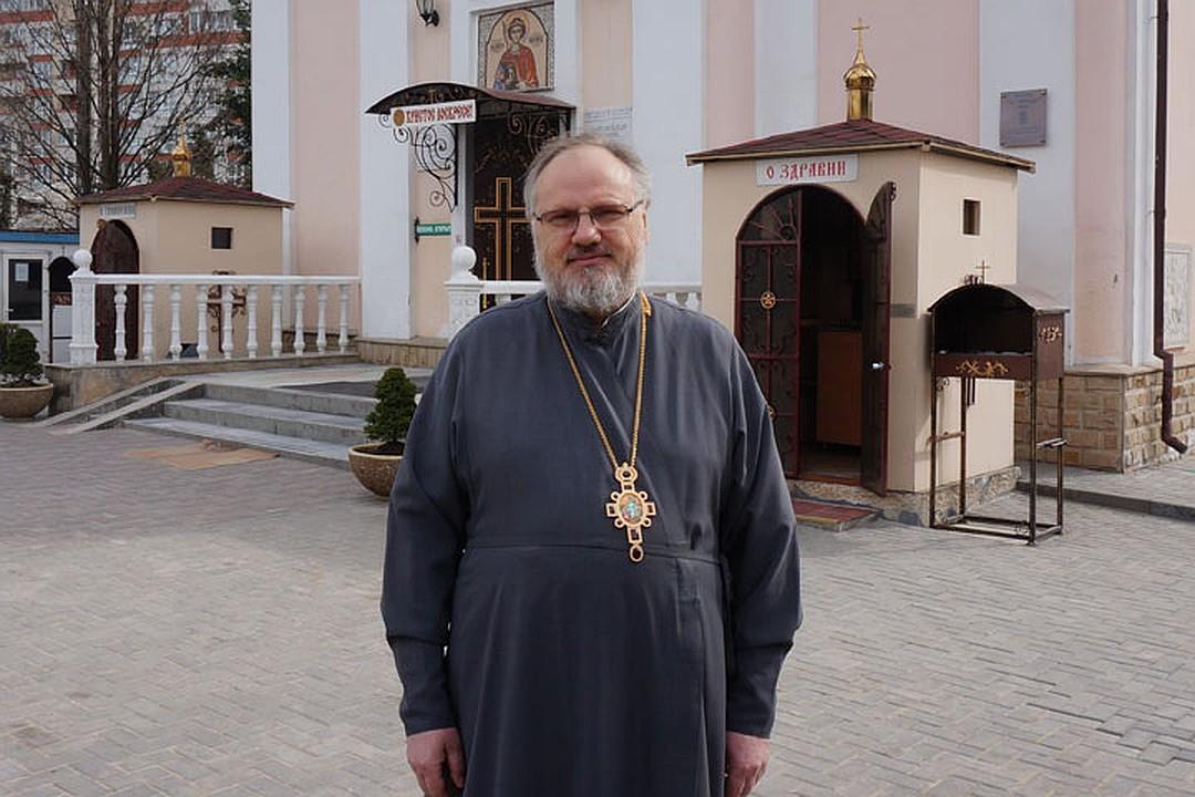 (ВИДЕО) Протоиерей Николай Флоринский о том, как правильно праздновать Радоницу