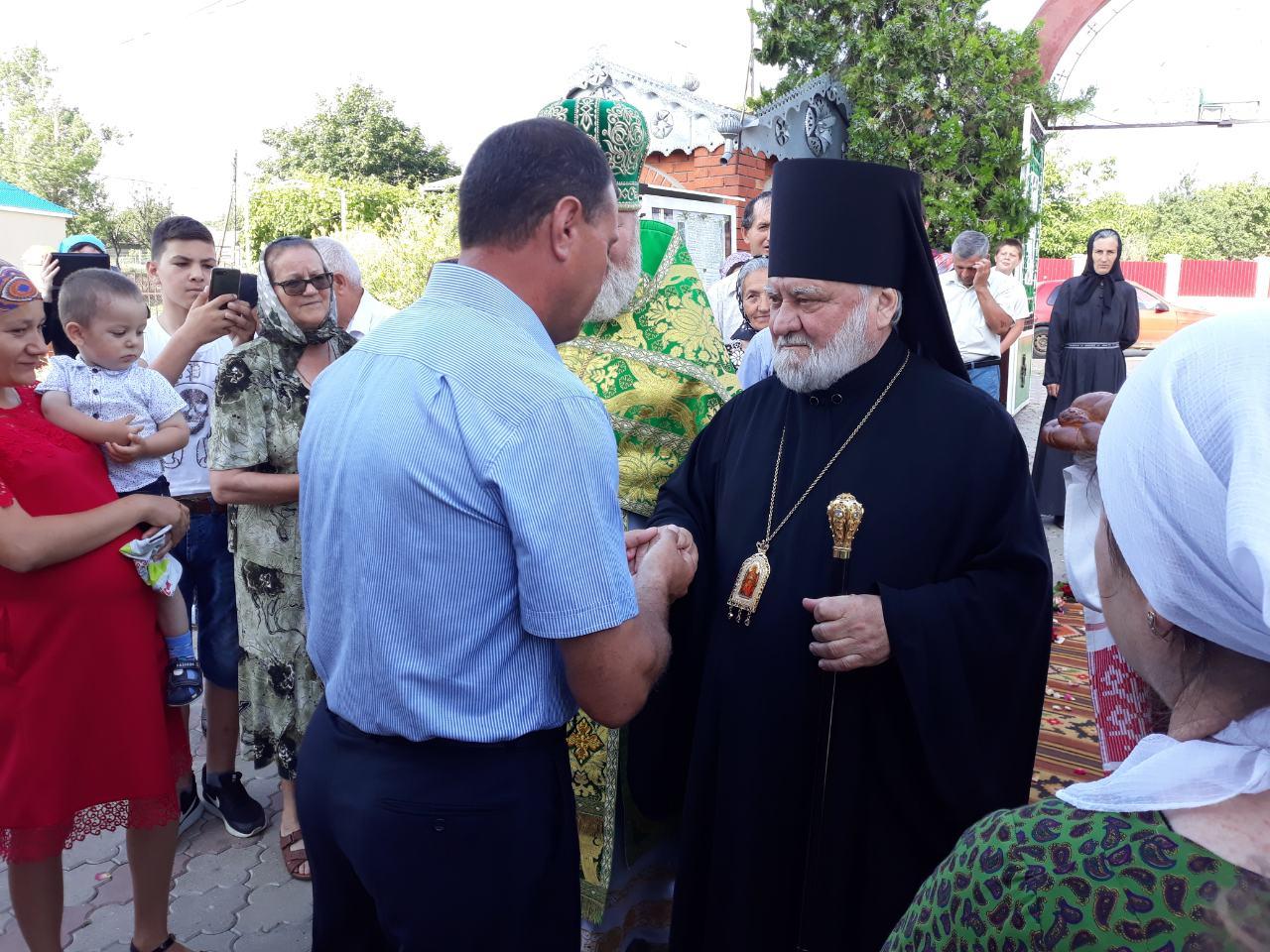 (ФОТО) Свято-Троицкий храм в селе Джолтай отмечает свой престольный праздник