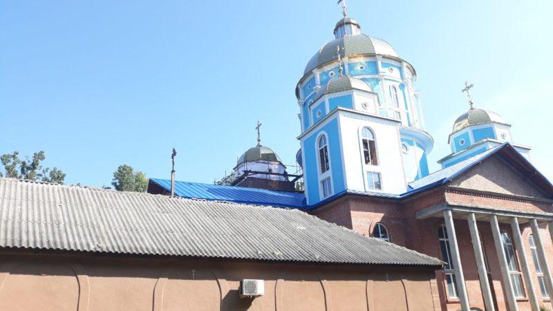 (ФОТО) В Вулканештском храме возобновили строительные работы
