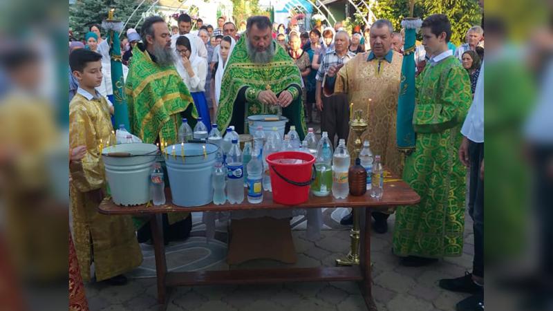 (ФОТО) Троицкий храм в селе Конгаз отмечает престольный праздник
