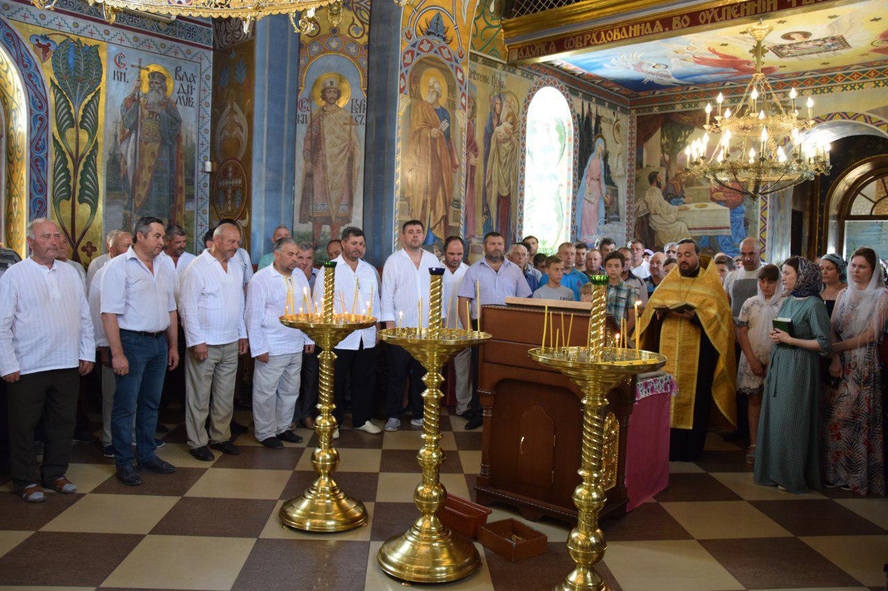 (ФОТО/ВИДЕО) В село Гайдар была доставлена икона Святого Феофила Мироточивого, который является гагаузом по происхождению