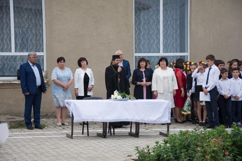 (ФОТО) В учебных заведениях села Копчак прозвенел последний звонок