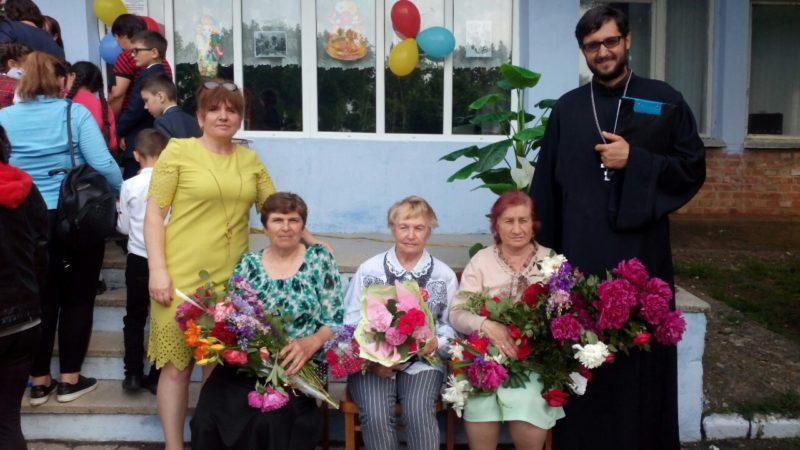 (ФОТО) Священник принял участие на последнем звонке в лицее села Дезгинжа