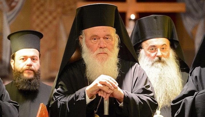 В РПЦ опровергли фейк о сослужении главы Элладской Церкви с Епифанием