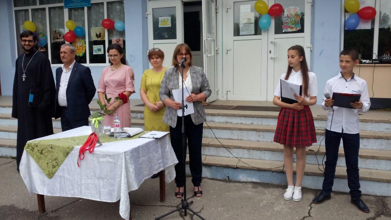 Священник принял участие в лицее села Дезгинжа