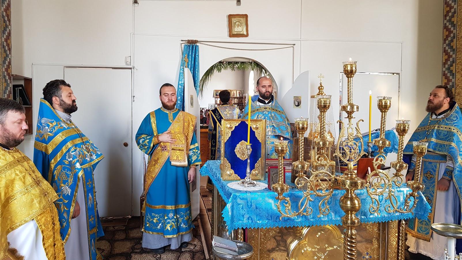 (ФОТО/ВИДЕО) Храм Казанской иконы Божией Матери мун. Чадыр-Лунга отметил свой престольный праздник