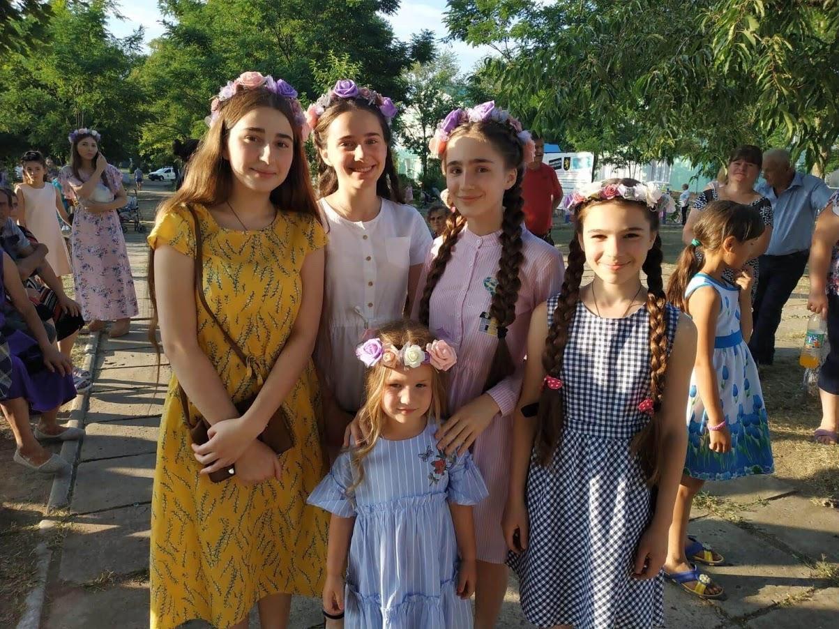 (ФОТО/ВИДЕО) День семьи любви и верности отметили в пос. Светлый