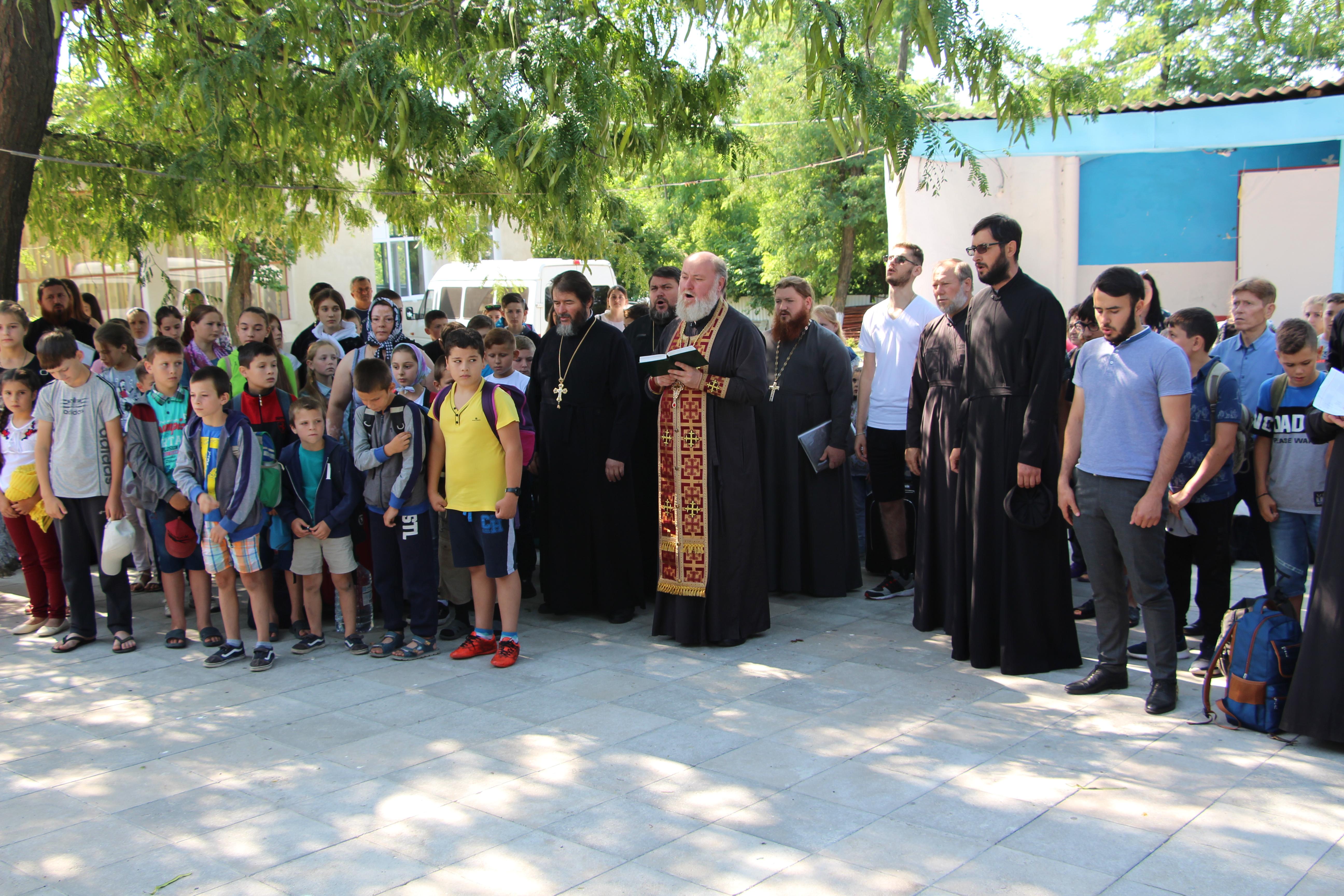 (ФОТО) Открытие смены лагеря «Православная Гагаузия» в Комрате