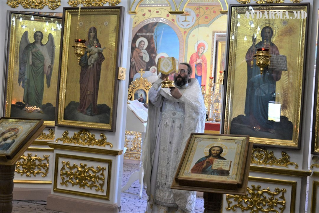 (ФОТО) Преображение Господне в Свято-Михайловском храме села Авдарма