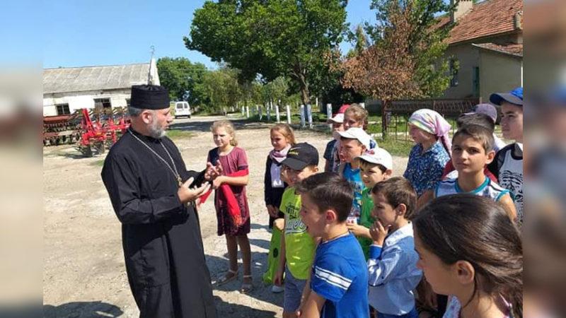 (ФОТО) При Свято-Троицком храме в селе Конгаз открылся летний лагерь