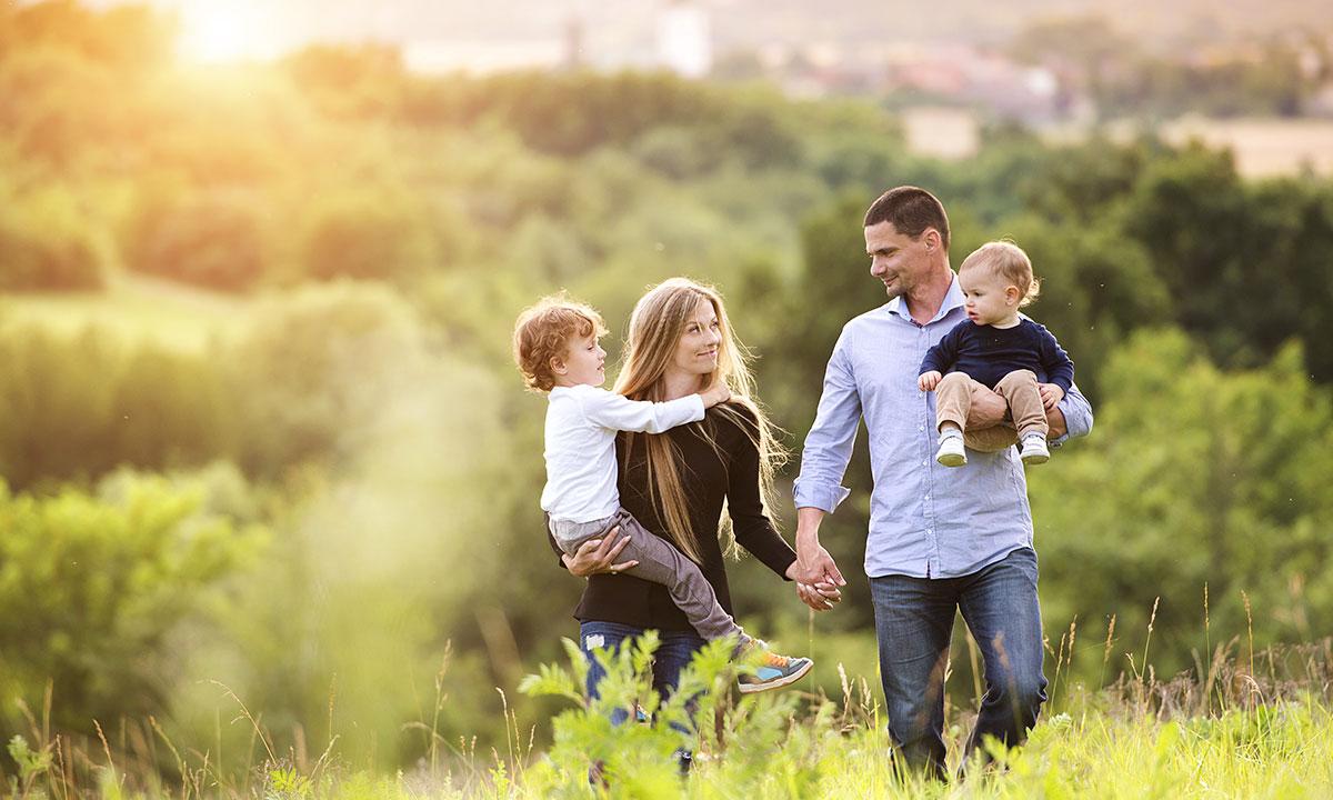 (ВИДЕО) Сколько времени ты уделяешь своим родным детям и семье?