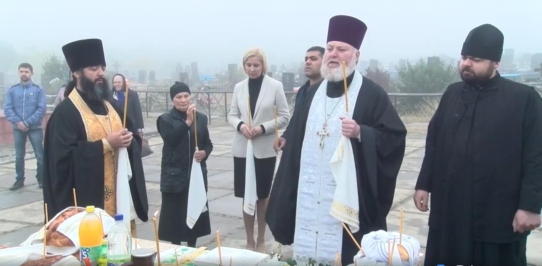 У могилы первого президента Гагаузской республики Степана Топал в Комрате прошла панихида