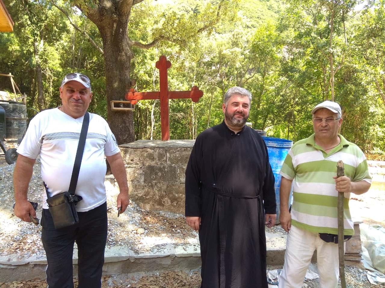Прихожане Свято-Георгиевского храма г. Тараклия совершили паломничество на Святую гору Афон