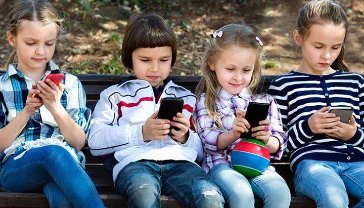 С какого возраста ребенку можно давать доступ к интернету?
