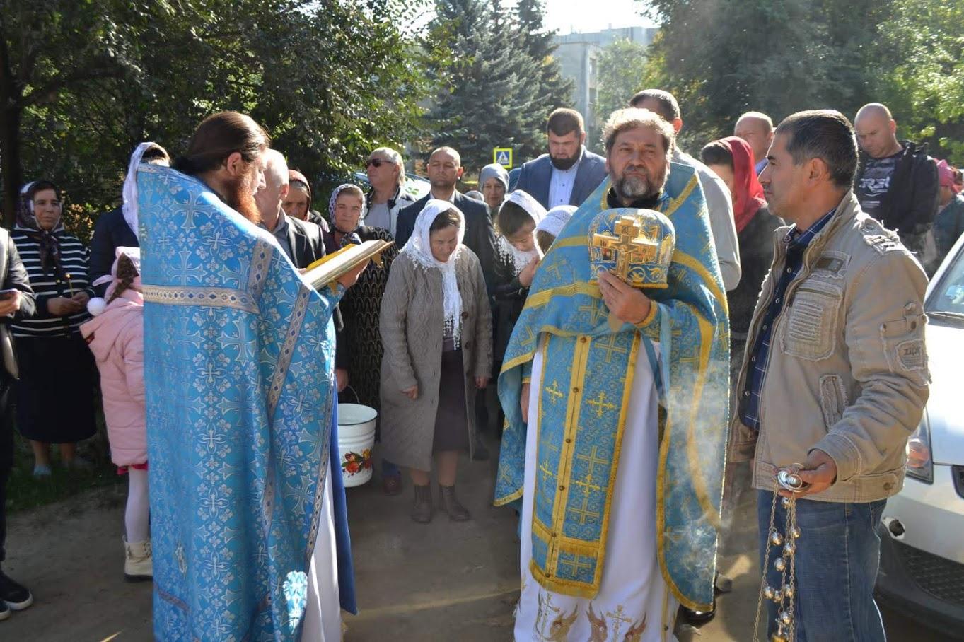 (ФОТО) Свято-Покровский храм г. Вулканешты отметил престольный праздник
