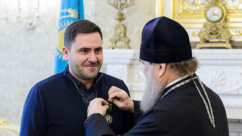 (ФОТО) Уроженец Гагаузии Капсамун Валерий удостоен медали прмч. Серафима и Феогноста Алма-Атинских