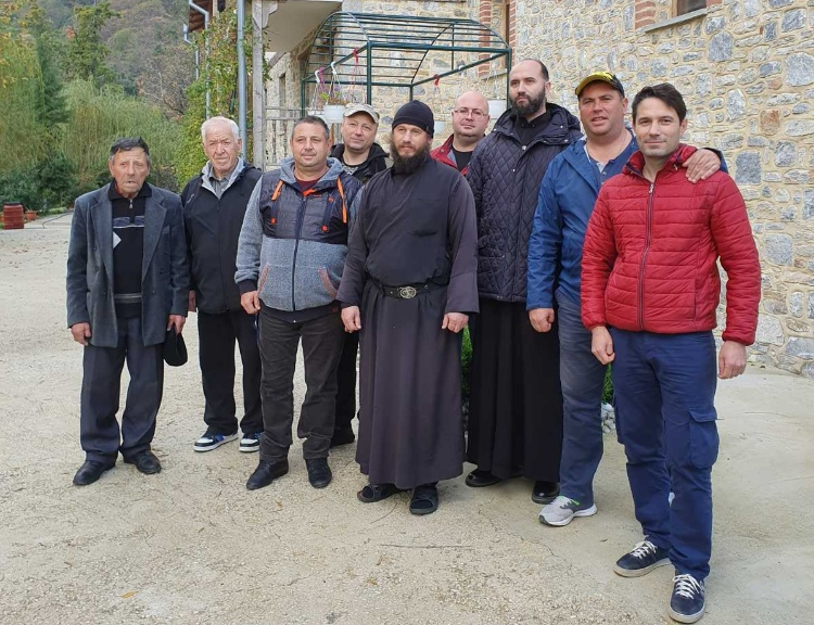 Жители мун. Чадыр-Лунга совершили паломничество на Святую гору Афон