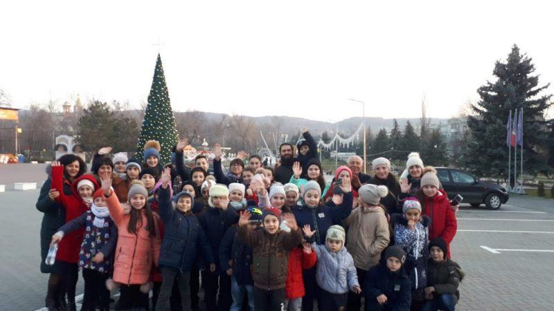 (ФОТО) Воскресная школа мун. Чадыр-Лунга посетила Рождественскую ярмарку