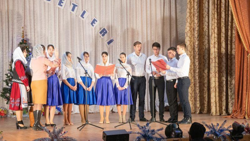 Фоторепортаж Рождественского фестиваля Kolada adetleri 2020