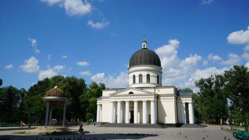 Узнай, как будут проводится богослужения в храмах начиная с 10 мая 2020 года