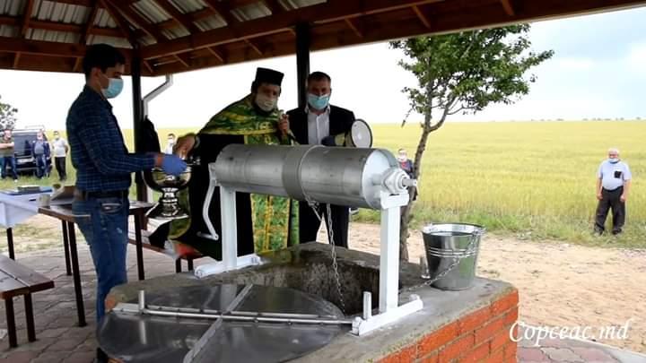 (ВИДЕО) В Копчаке состоялось освящение отремонтированного колодца