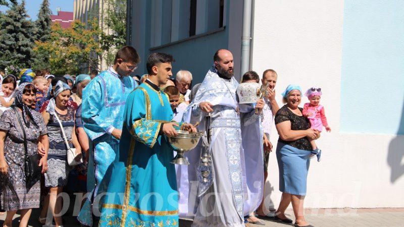 (ФОТО/ВИДЕО) Престольный праздник в храме в честь Казанской иконы Божией Матери мун. Чадыр-Лунга