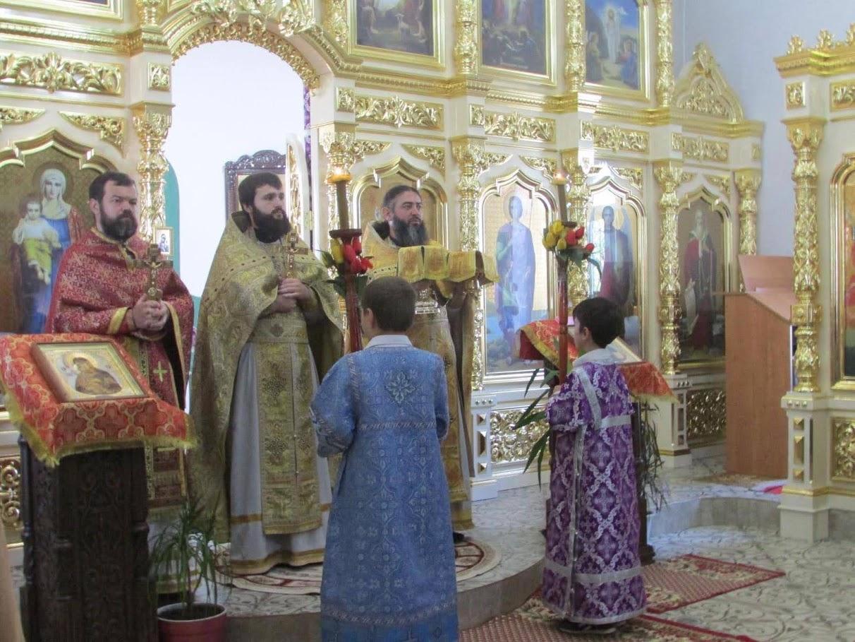 (ФОТО) Храм в честь пророка Ильи мун. Комрат отметил свой престольный праздник (курбан)
