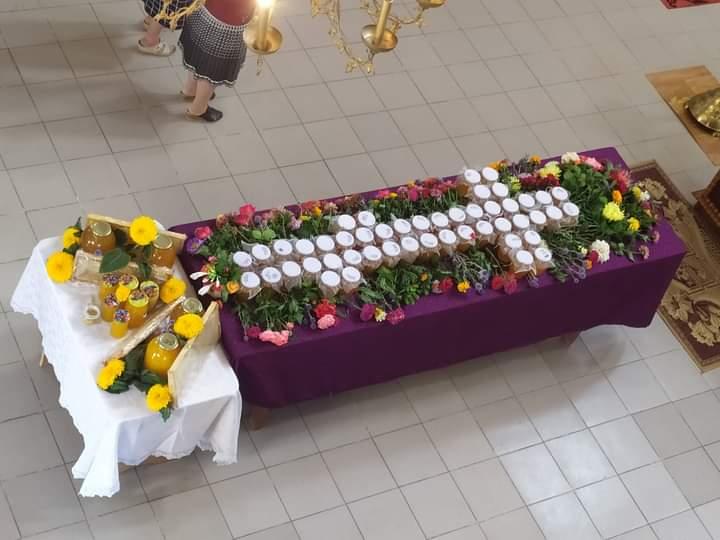 (ФОТО) Происхождение Честных Древ Животворящего Креста Господня в храме с. Етулия